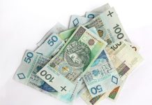 money-finance-bills-bank-notes-large.jpg