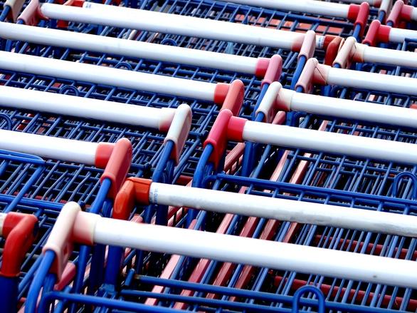 car-supermarket-1196791.jpg