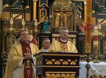 kapłani.png
