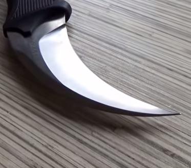 noż.jpg