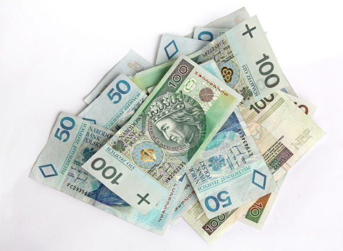 money-finance-bills-bank-notes-large.jpg